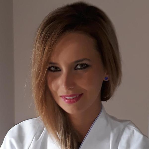 Dr. Raluca Popescu