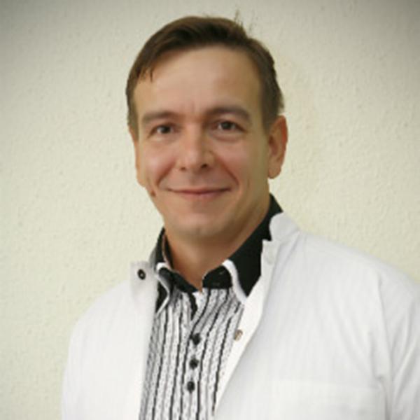 Dr. Valeriu Nicula